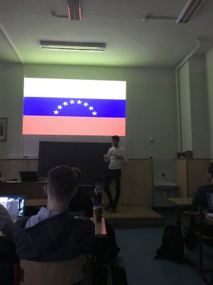 Beseda s venezuelským studentem Jorgem Zambrano